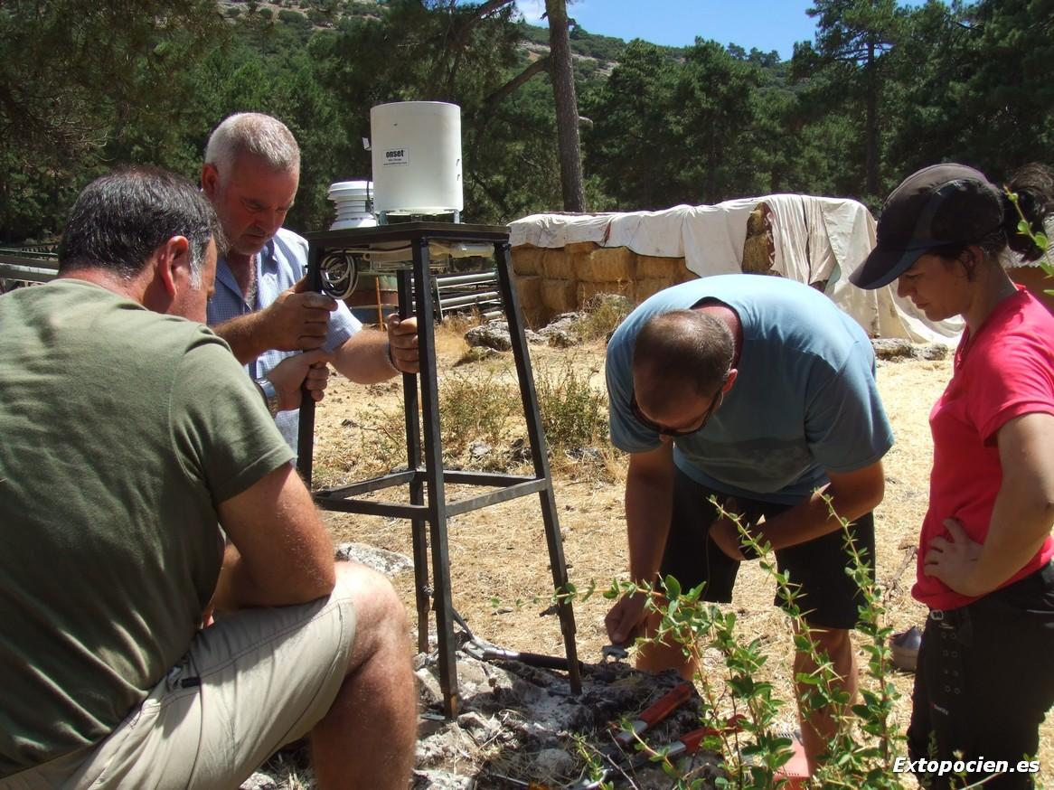Instalación de Estación Meteorológica  20-08-2016